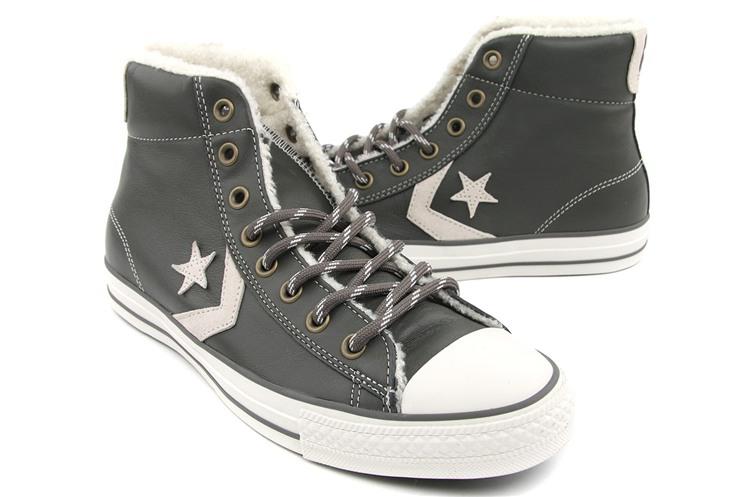 匡威灰色滑板鞋图片