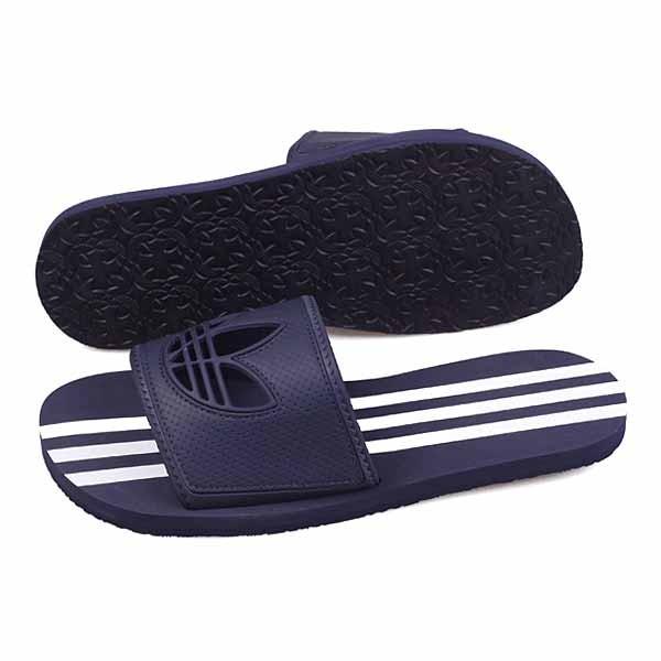 阿迪达斯拖鞋