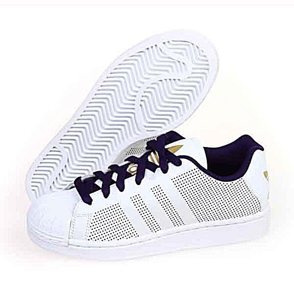 adidas男鞋板鞋